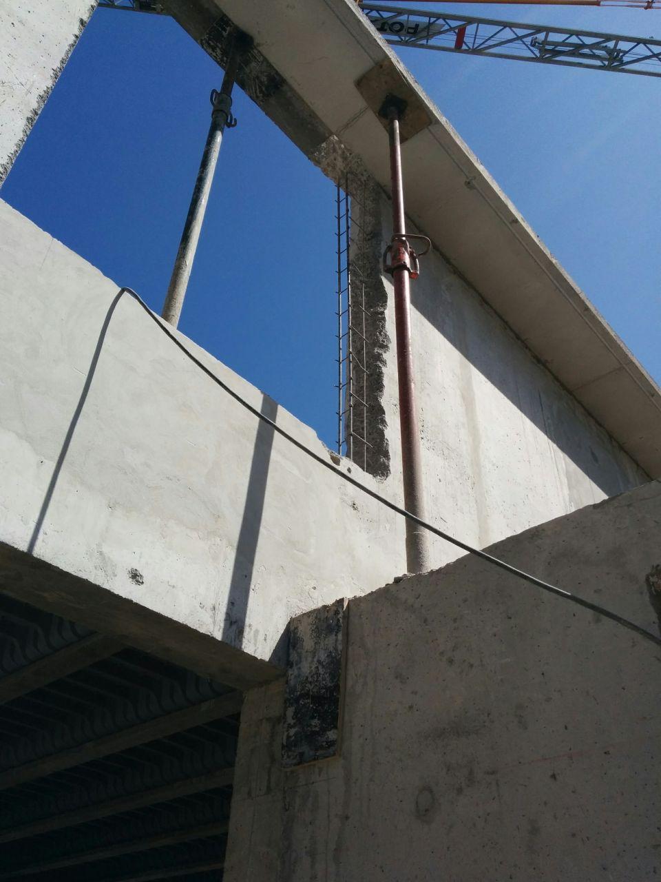 Déplacement d'une la fenêtre de l'étage mal positionnée : le chainage vertical est mis à nu