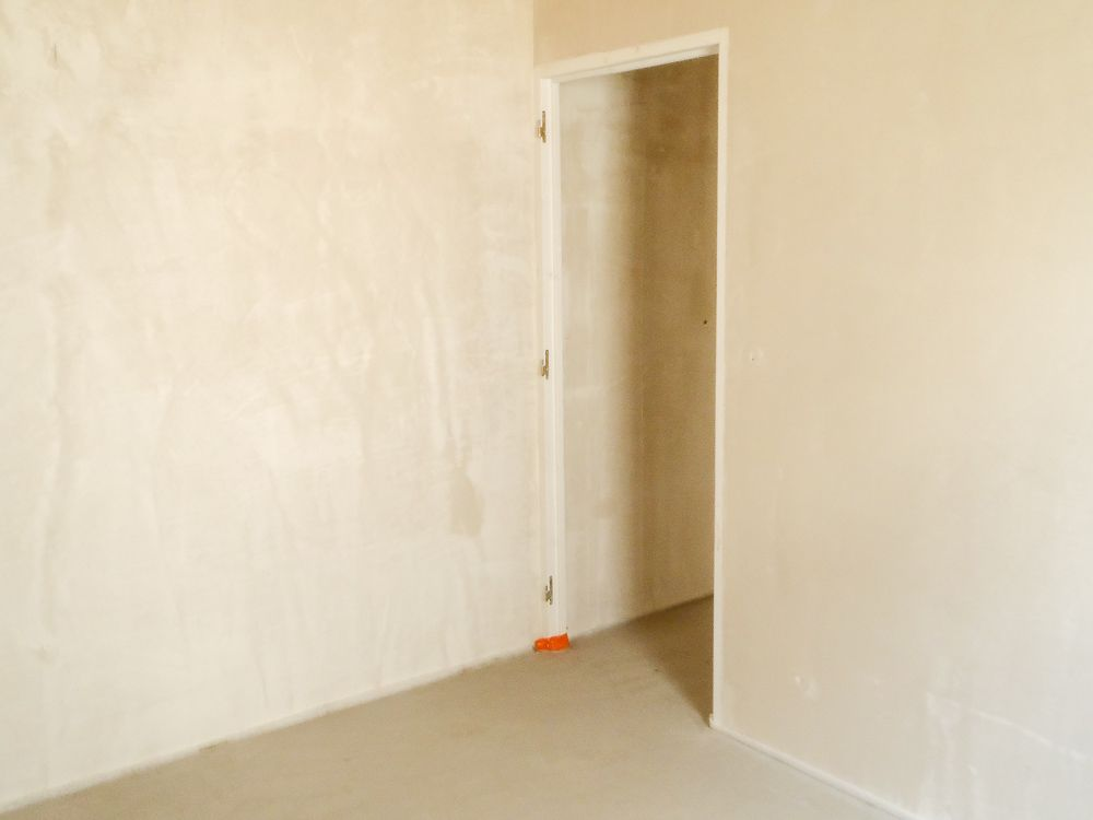 coulage de la chape anhydrite s chage de la chape anhydrite terrassement premi re tape. Black Bedroom Furniture Sets. Home Design Ideas