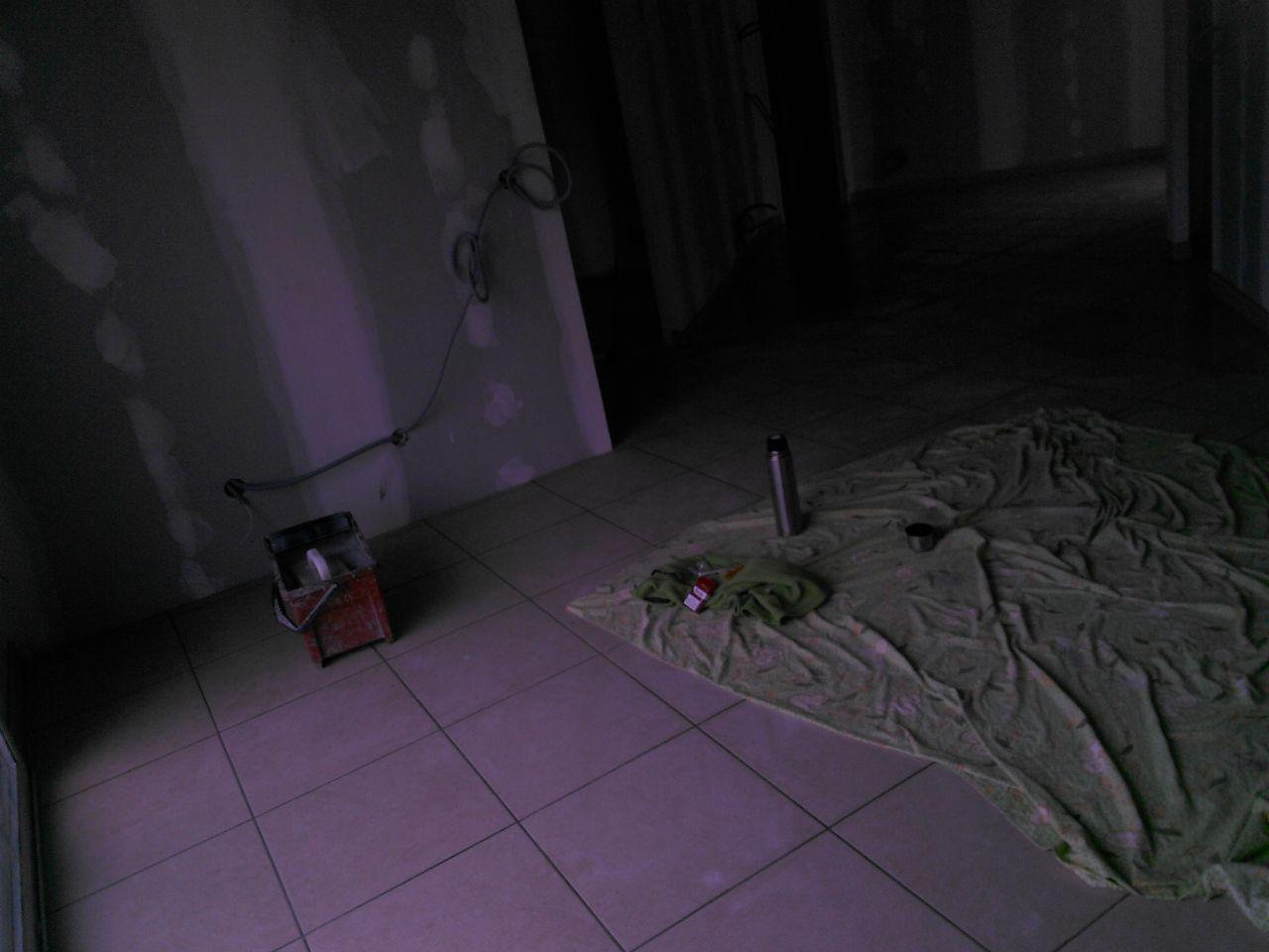 installation de la plomberie et maintenant le carrelage le verdict du carrelage albi. Black Bedroom Furniture Sets. Home Design Ideas