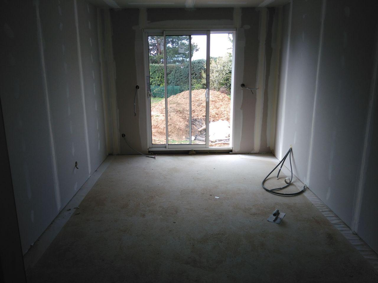 Quasi fini. Notre chambre.