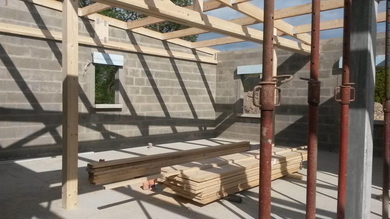 la charpente du toit monopente