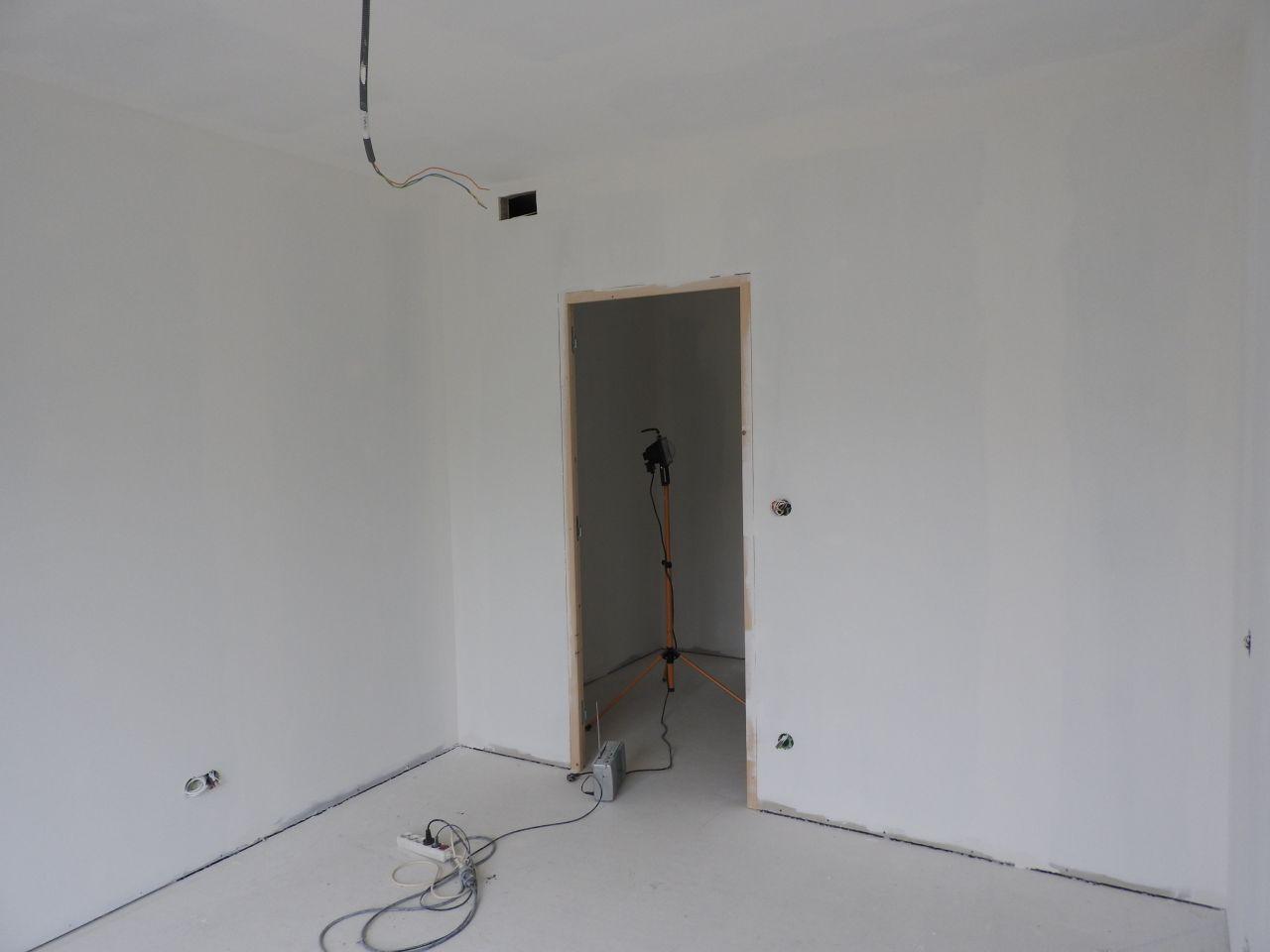 placard technique et tone pon ade placo d but de la peinture gironde. Black Bedroom Furniture Sets. Home Design Ideas