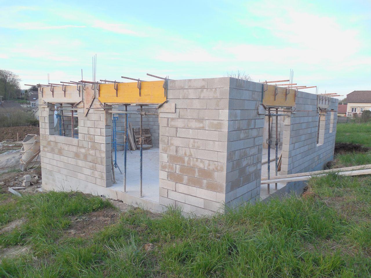 Elévation des murs du RDC