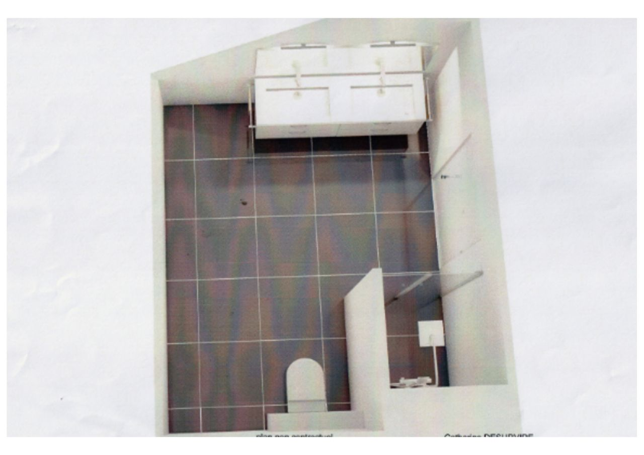 Visuel de la salle de bain de l'étage (Vue du haut) avec porte à galandage, meuble double vasque, wc suspendu et grande cabine de douche