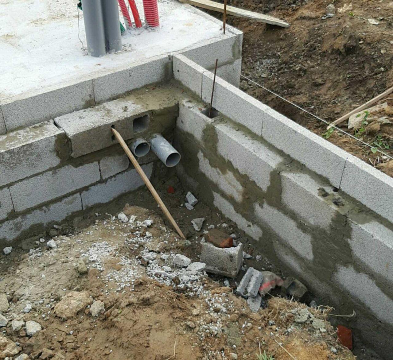 Reprise du chantier l vations des murs suite garage for Reprise 206 garage