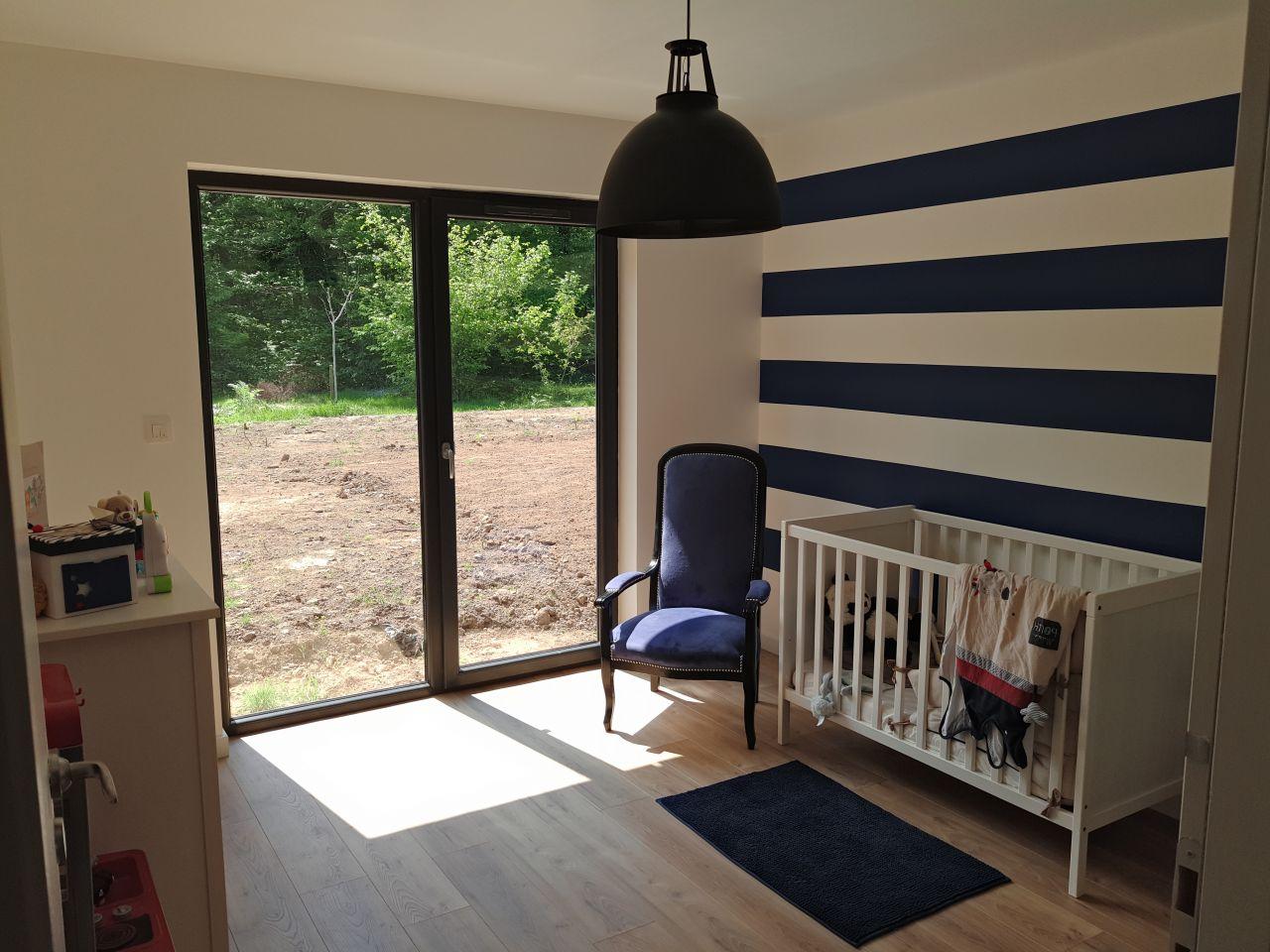 Chambre d'enfant. - La décoration a été réalisé par Hésione Design www.hesionedesign.com, décoratrice d'intérieur dans le Morbihan. - La couleur du fauteuil ...