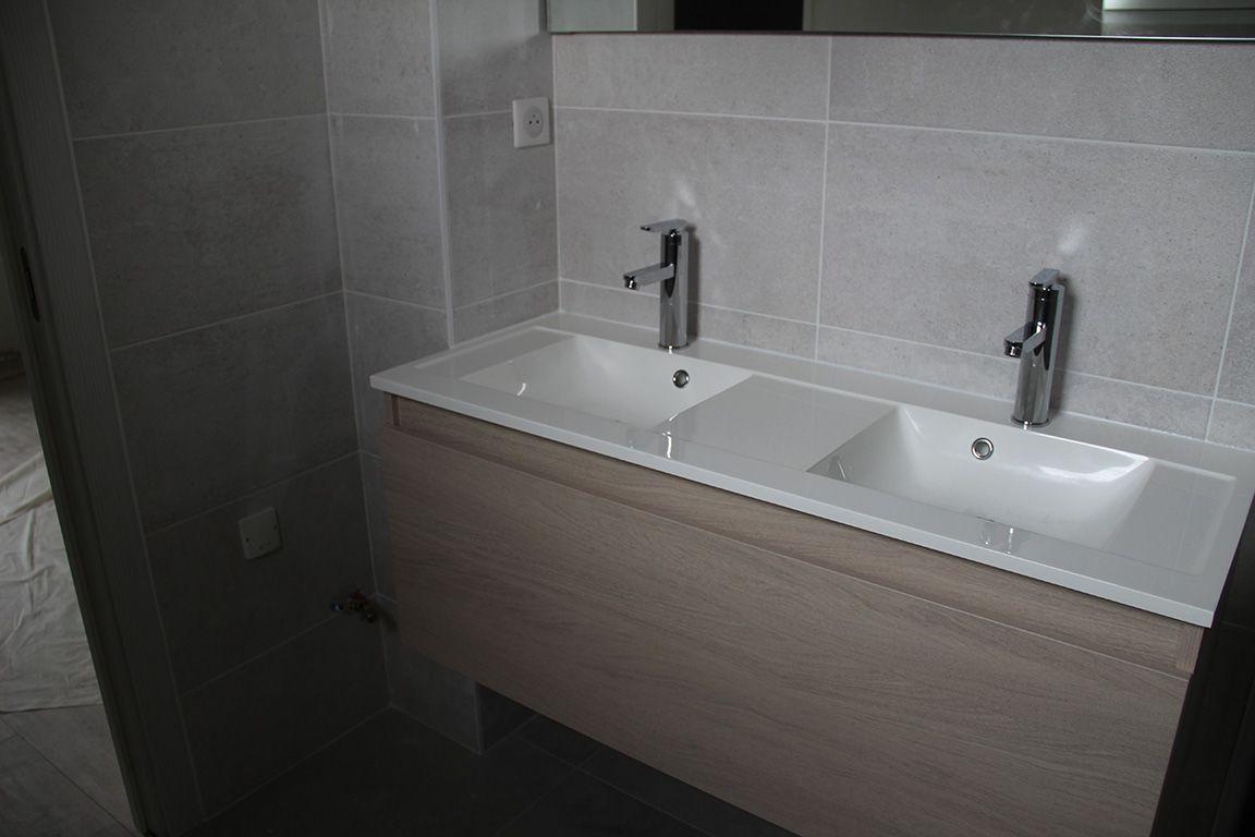 finitions et petits soucis de parquet installation des sanitaires et meubles de salle de bain. Black Bedroom Furniture Sets. Home Design Ideas