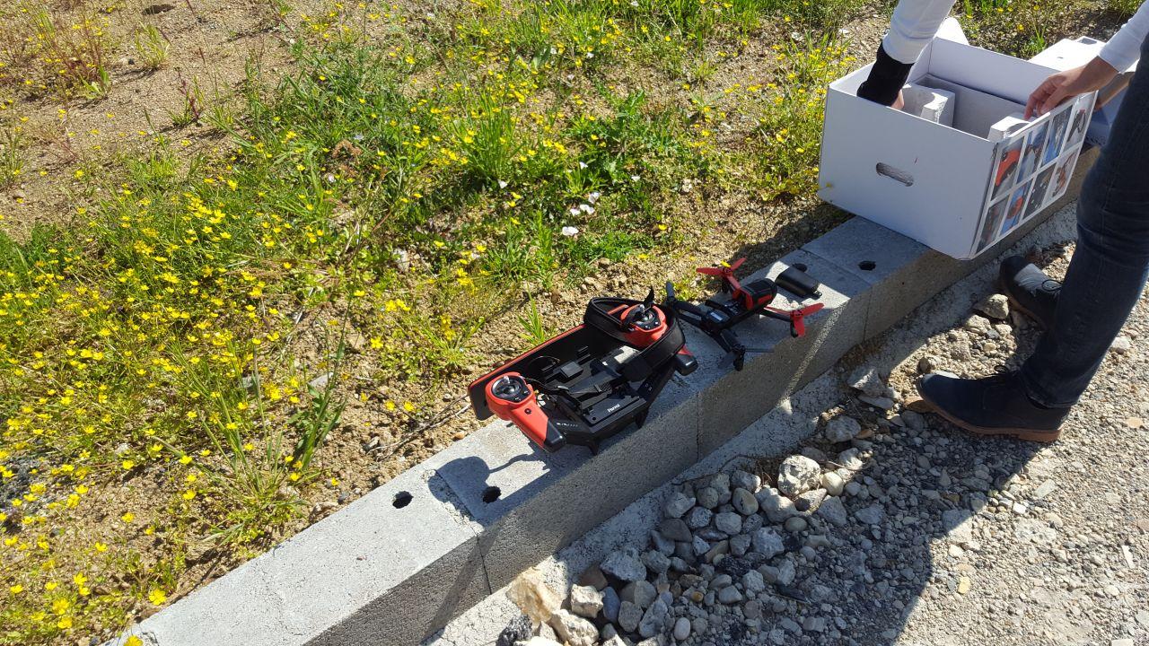 Prises de vue avec un drône pour le dossier de construction.