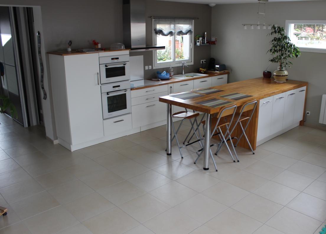 deuxi me maison avec maisons lara leognan gironde. Black Bedroom Furniture Sets. Home Design Ideas