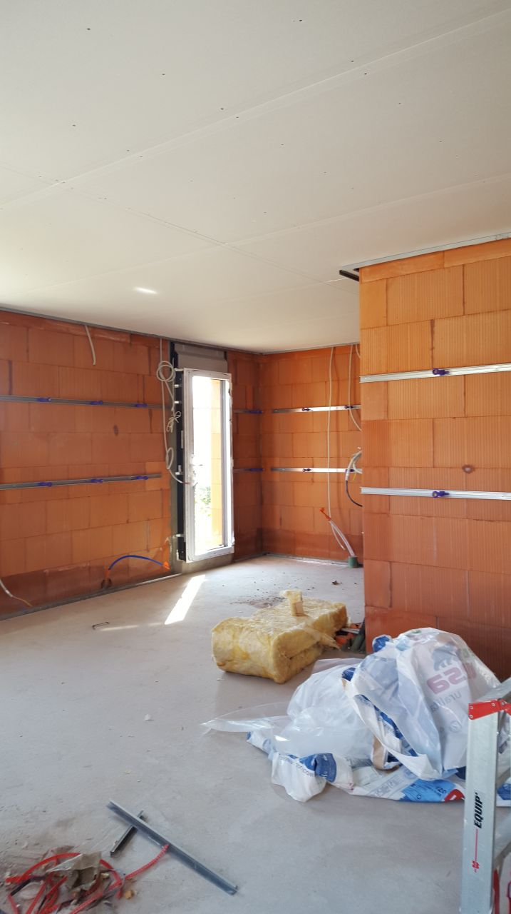 Placo plafonds placo plafonds avancement isolation for Placo isolation mur interieur