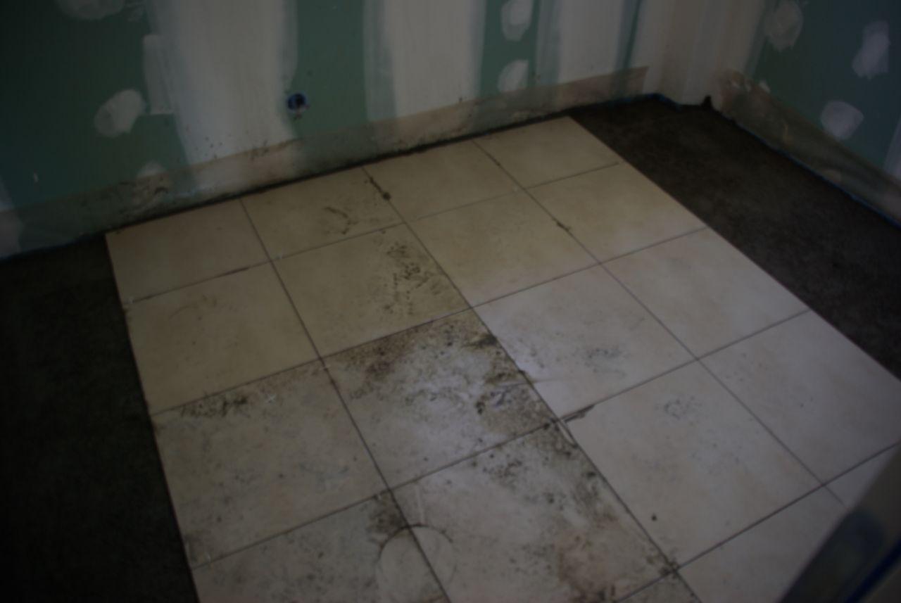 Les cloisons le mat riel les plafonds cloisons et for Carrelage du midi