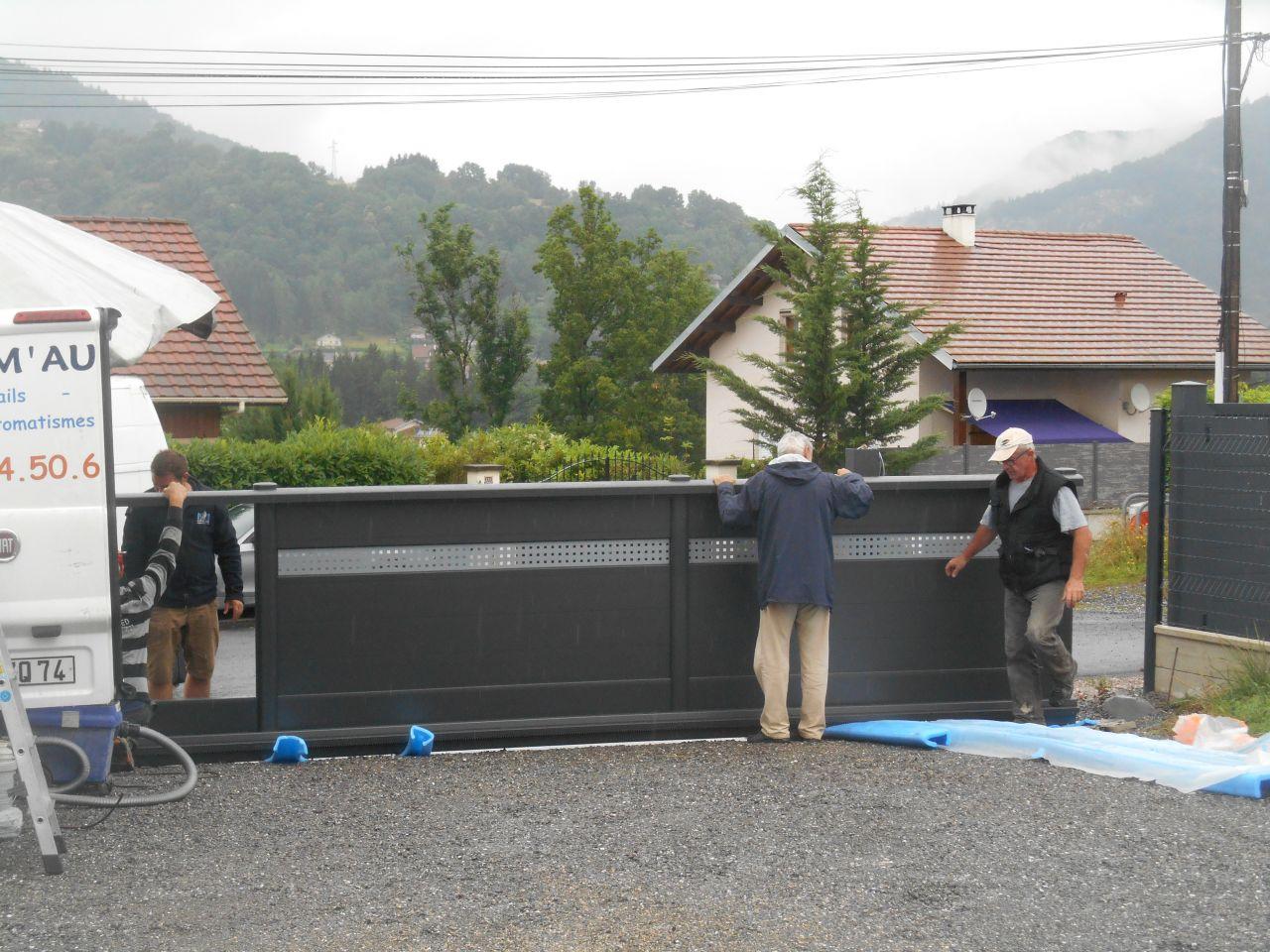 Portail sous parasol efforts et renforts on paille et for Portail 4m50