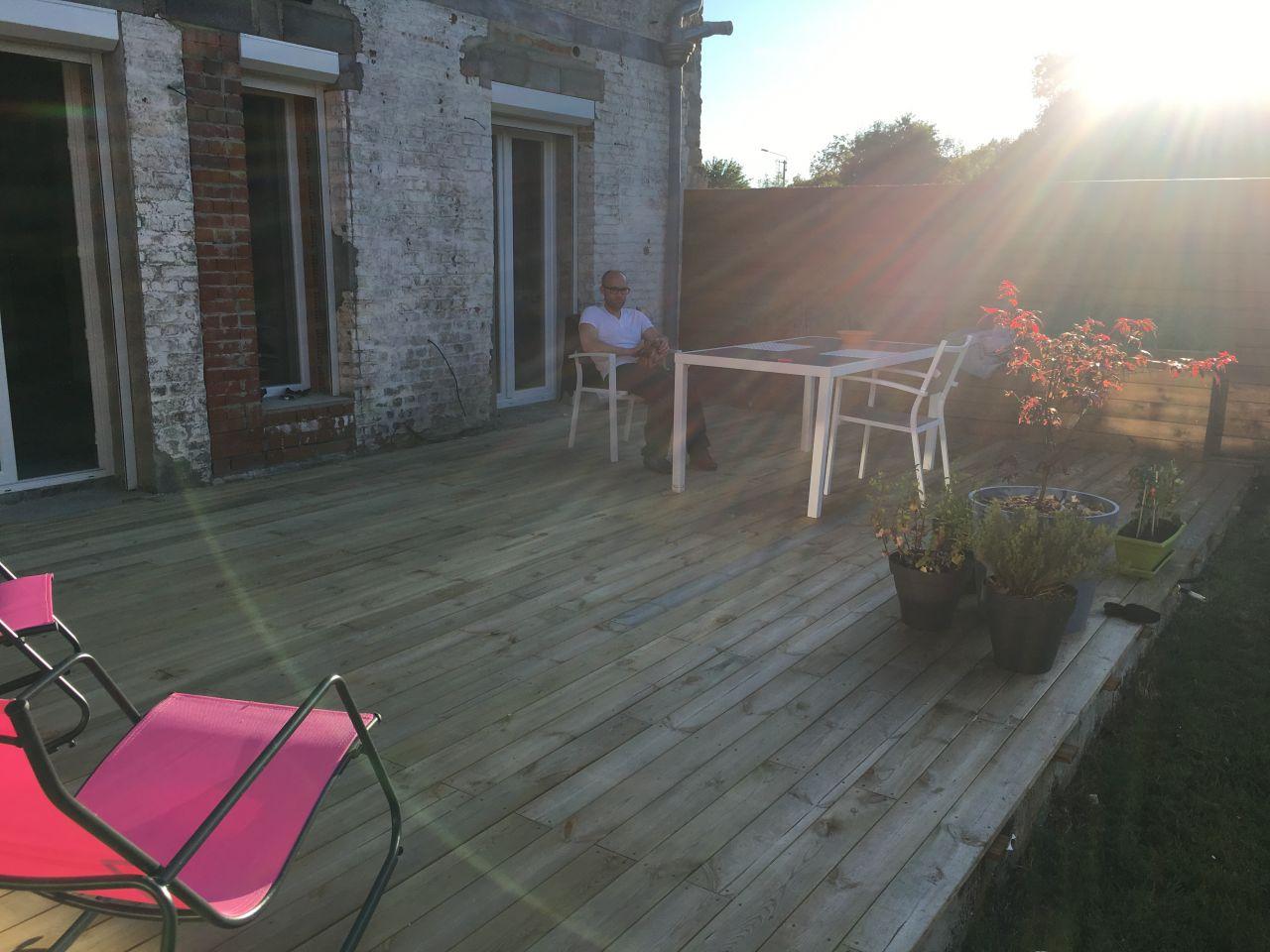 photo terrasse bois lattes nord 59 juillet 2016. Black Bedroom Furniture Sets. Home Design Ideas