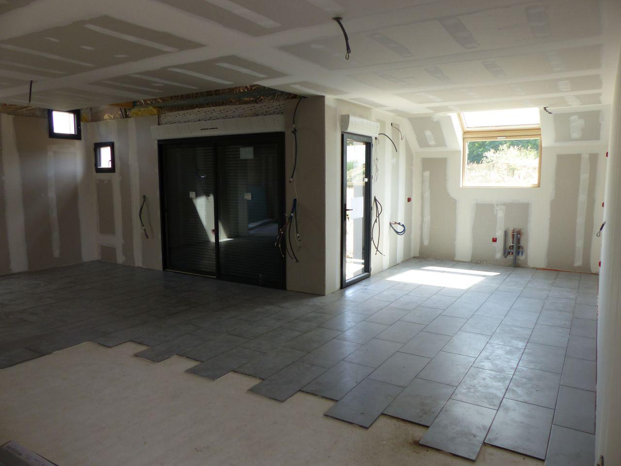 photo carrelage pi ce de vie carrelage fa ence loiret 45. Black Bedroom Furniture Sets. Home Design Ideas