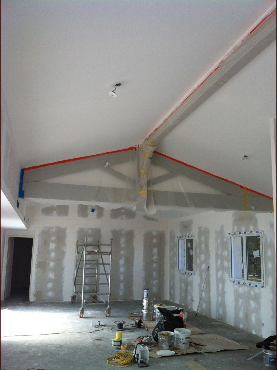les plafonds presque terminés.
