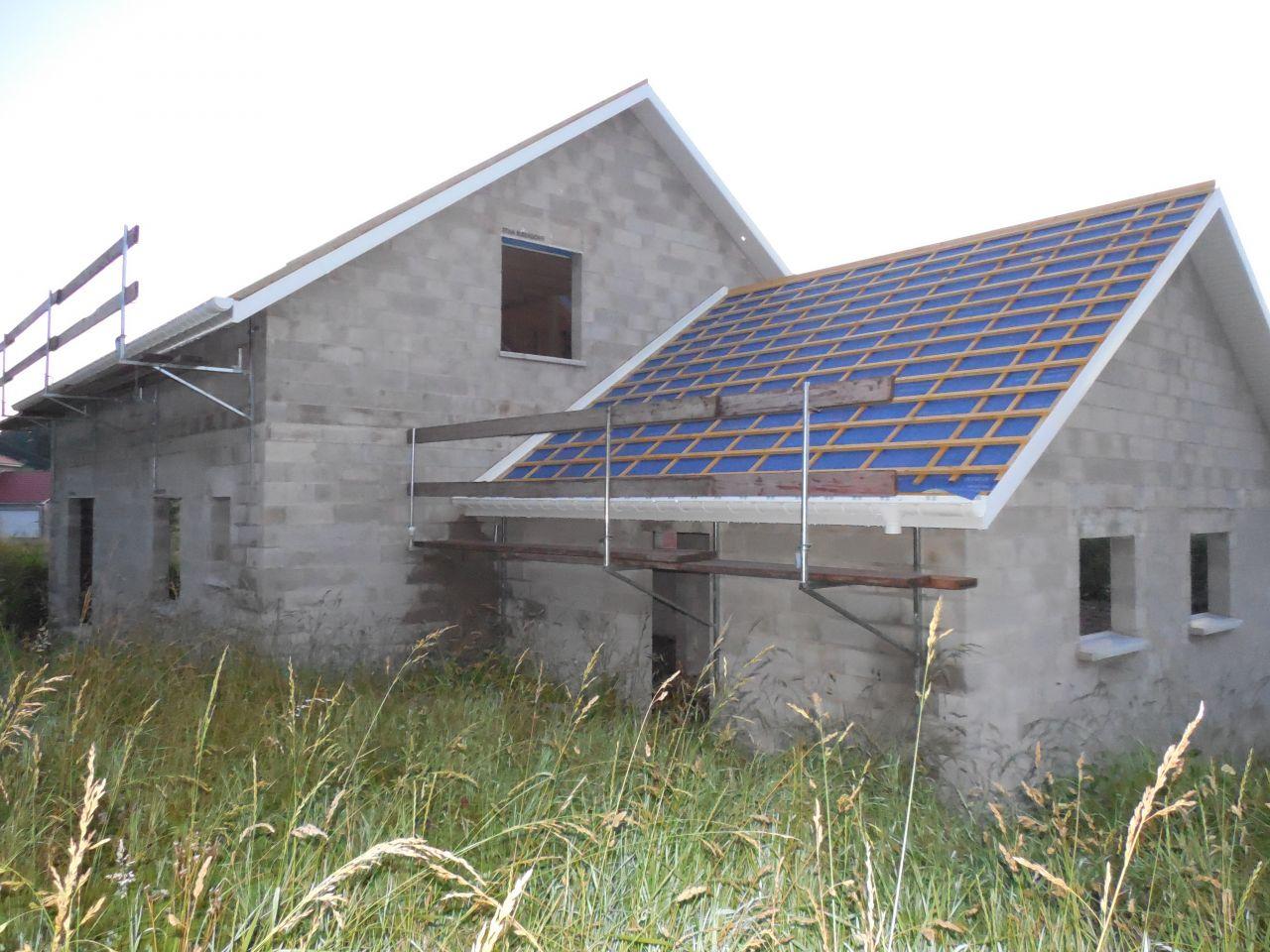 Couverture film sous toiture.