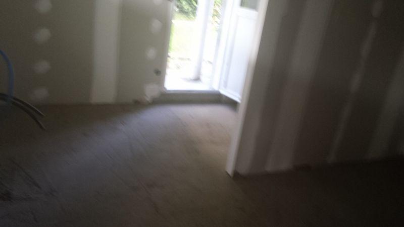 Demolition des murs dans la partie existante la suite for Chape terrasse exterieure