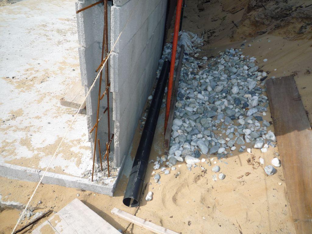 Construction limite de propri t drain 38 messages - Mur privatif en limite de propriete ...