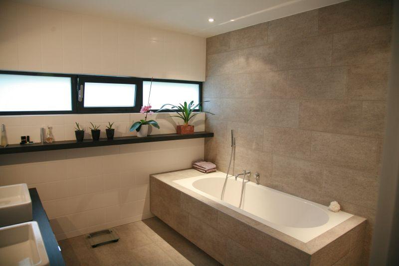 Décoration Salle de bain - salle d'eau 9.5m2 - Pfastatt (Haut Rhin - 68) - aout 2010