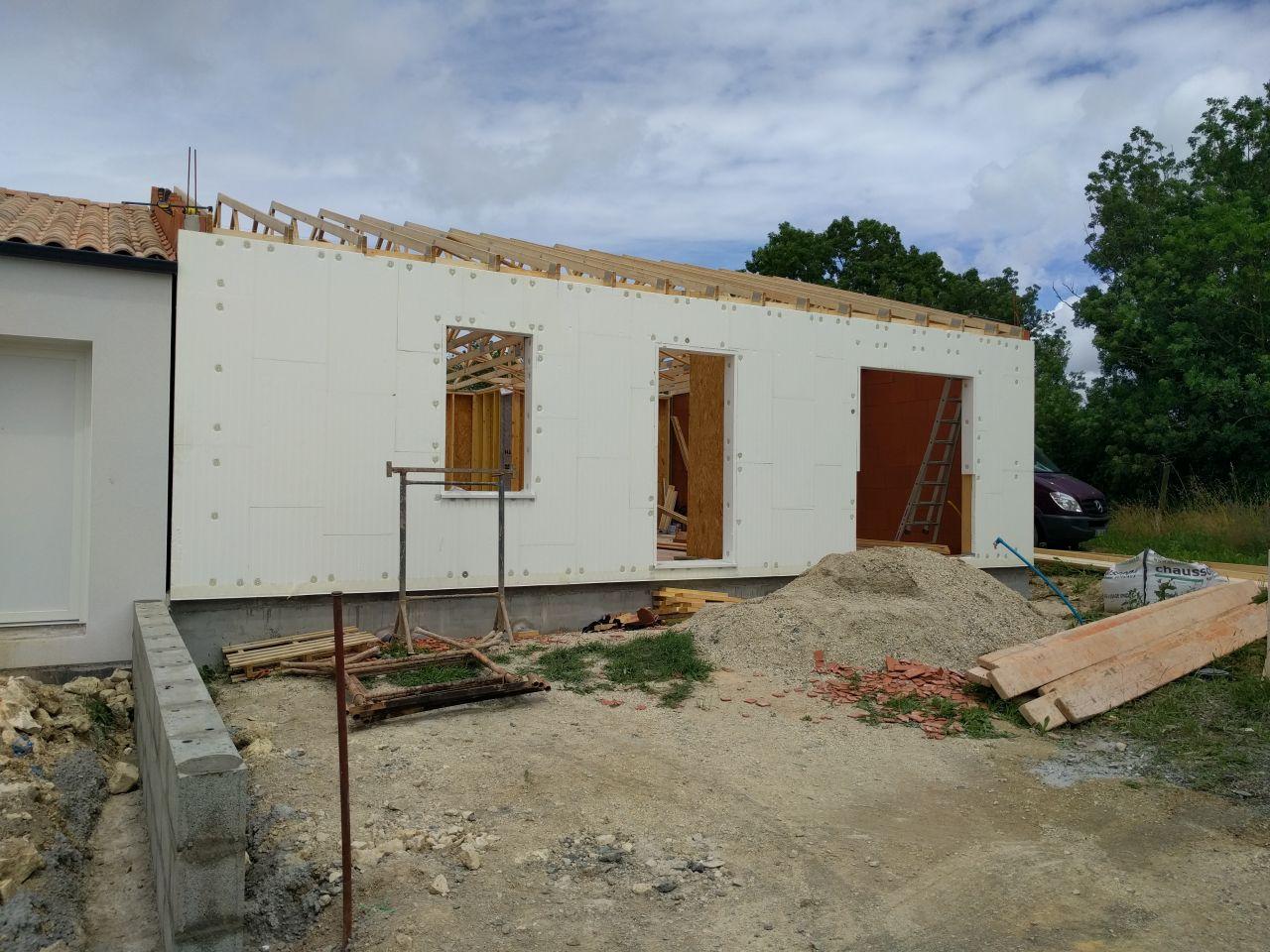 Elevation des murs en ossature bois