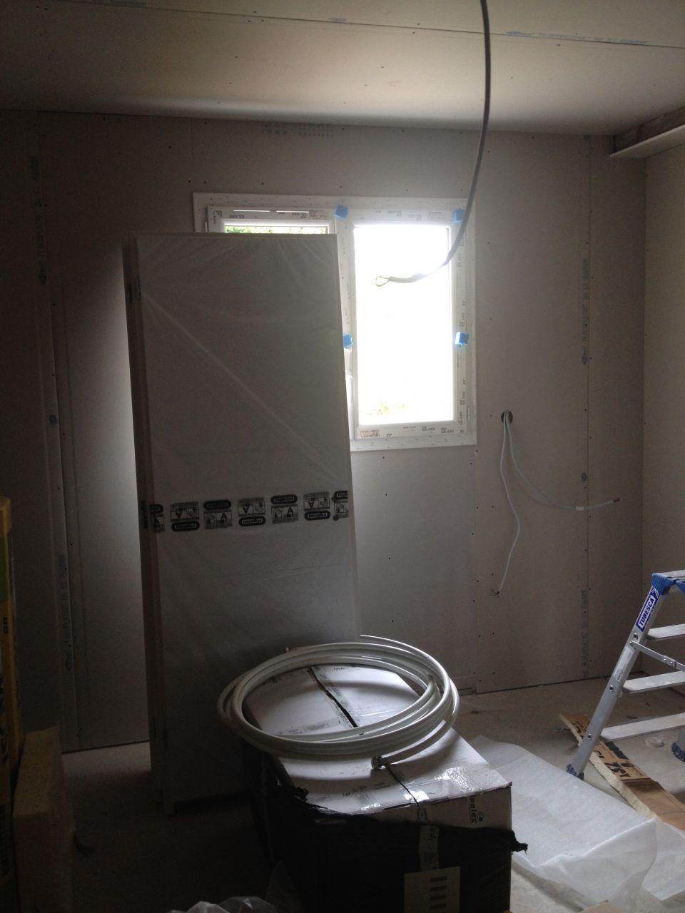 chambre et les portes trop petites
