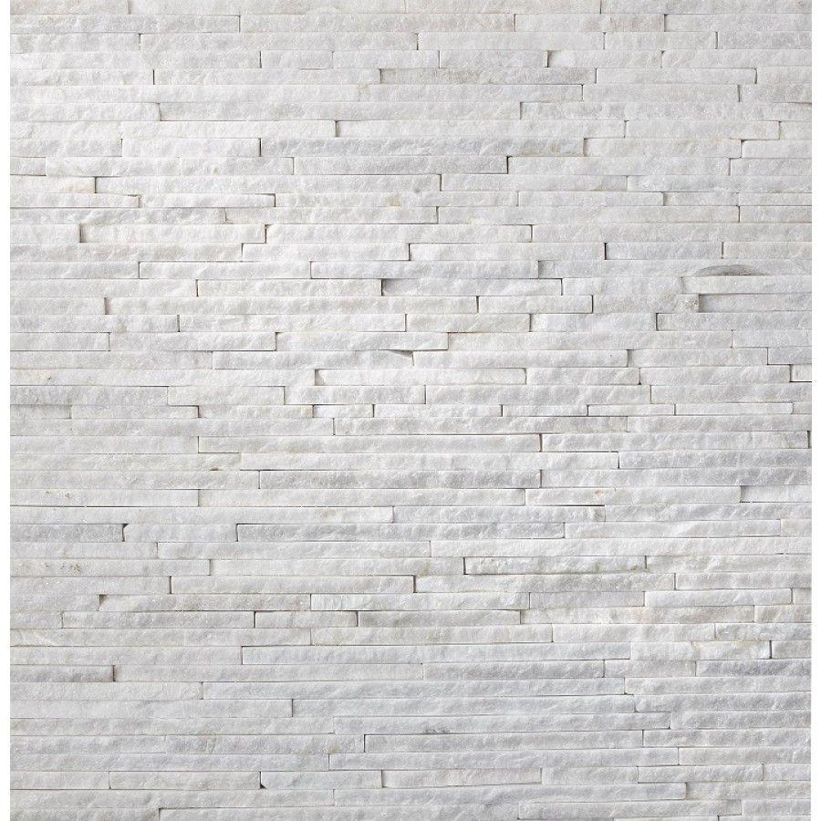 Derrière notre poele , nous voulions mettre des parements, blanc pour rester dans le style scandinave.