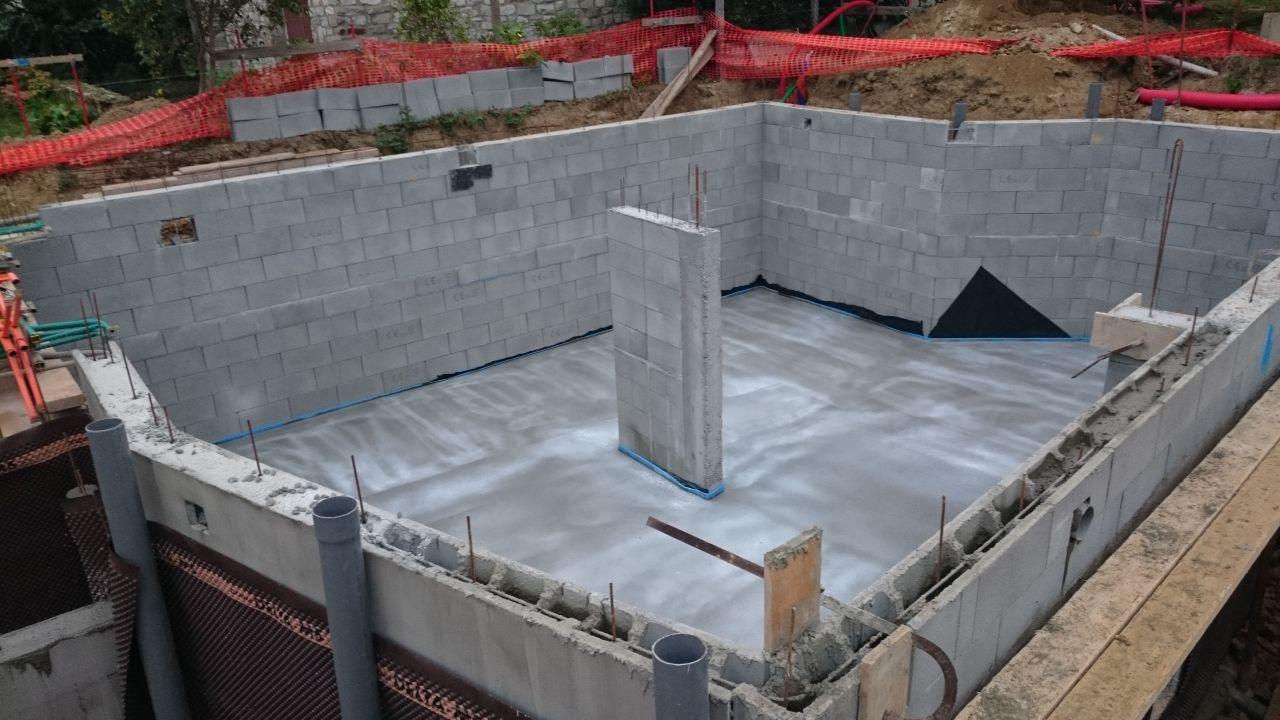 ca creuse terrassement termin fondations coul es cesson sevigne ille et vilaine. Black Bedroom Furniture Sets. Home Design Ideas