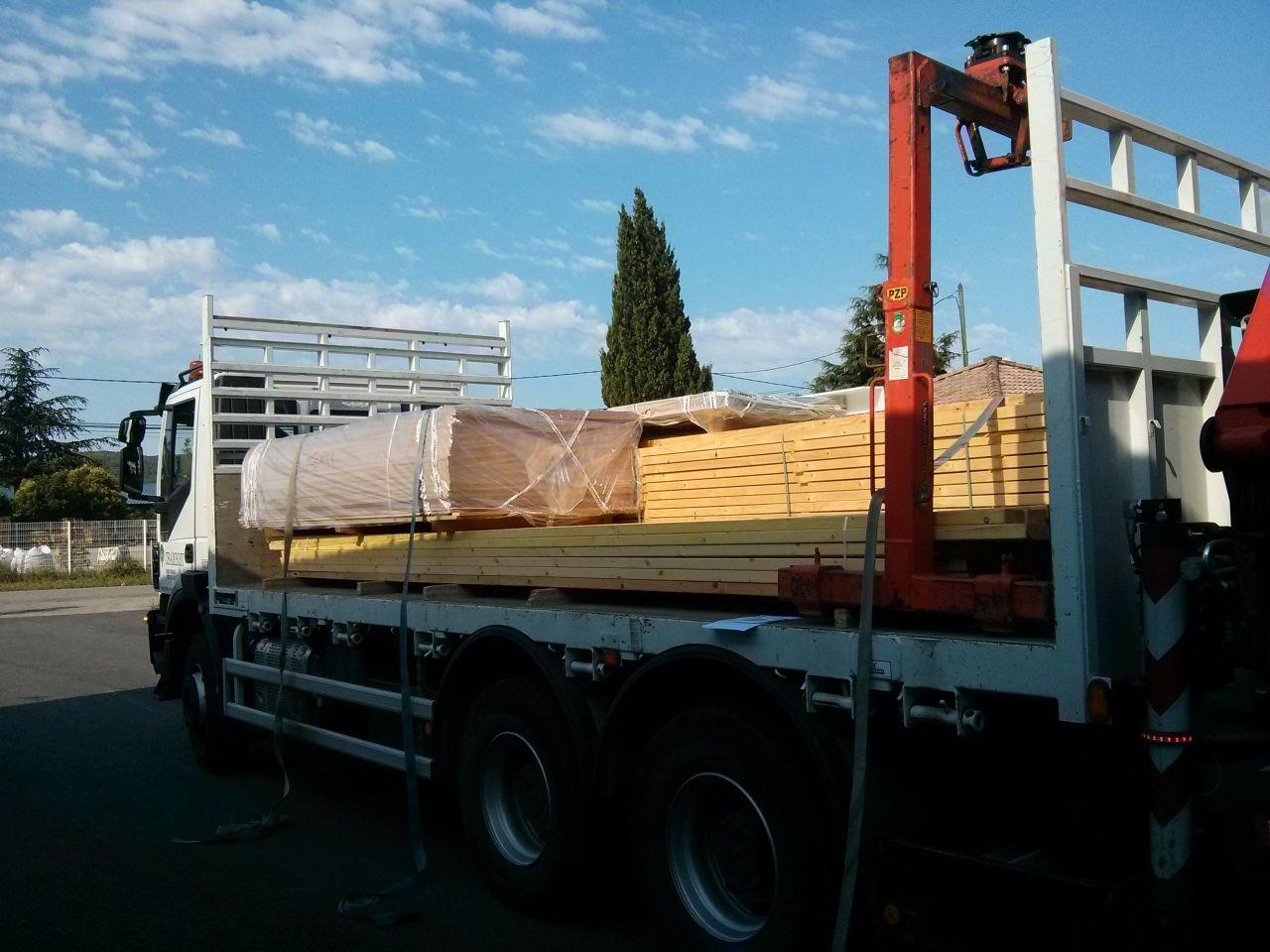 Livraison du bois d'ossature