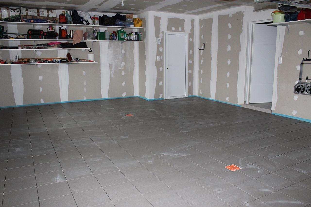 carrelage du garage carrelage du garage finit pose. Black Bedroom Furniture Sets. Home Design Ideas