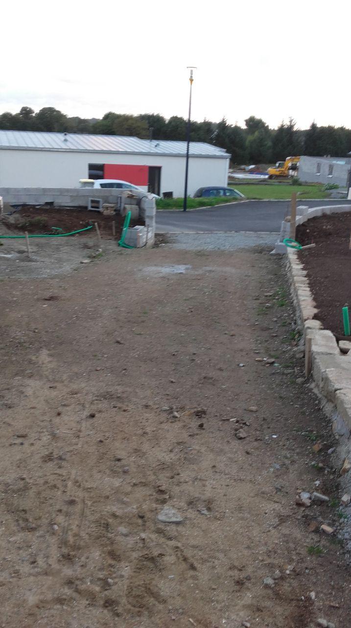 Debut de la cuisine des news preparation du terrain pelouse et all e au garage tremeoc - Preparer son terrain avant pelouse ...