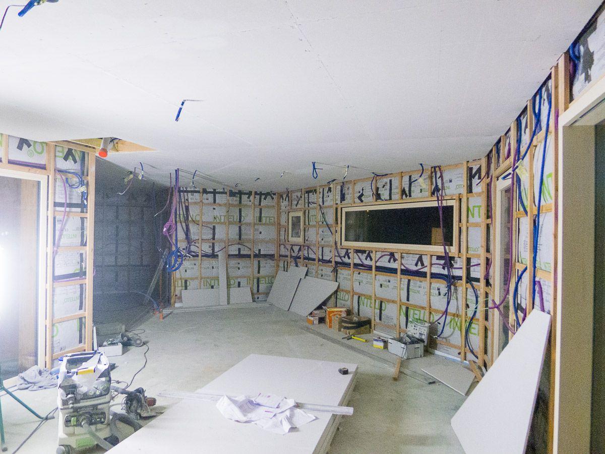 choix du mat riel knx eclairage garage et passage de. Black Bedroom Furniture Sets. Home Design Ideas