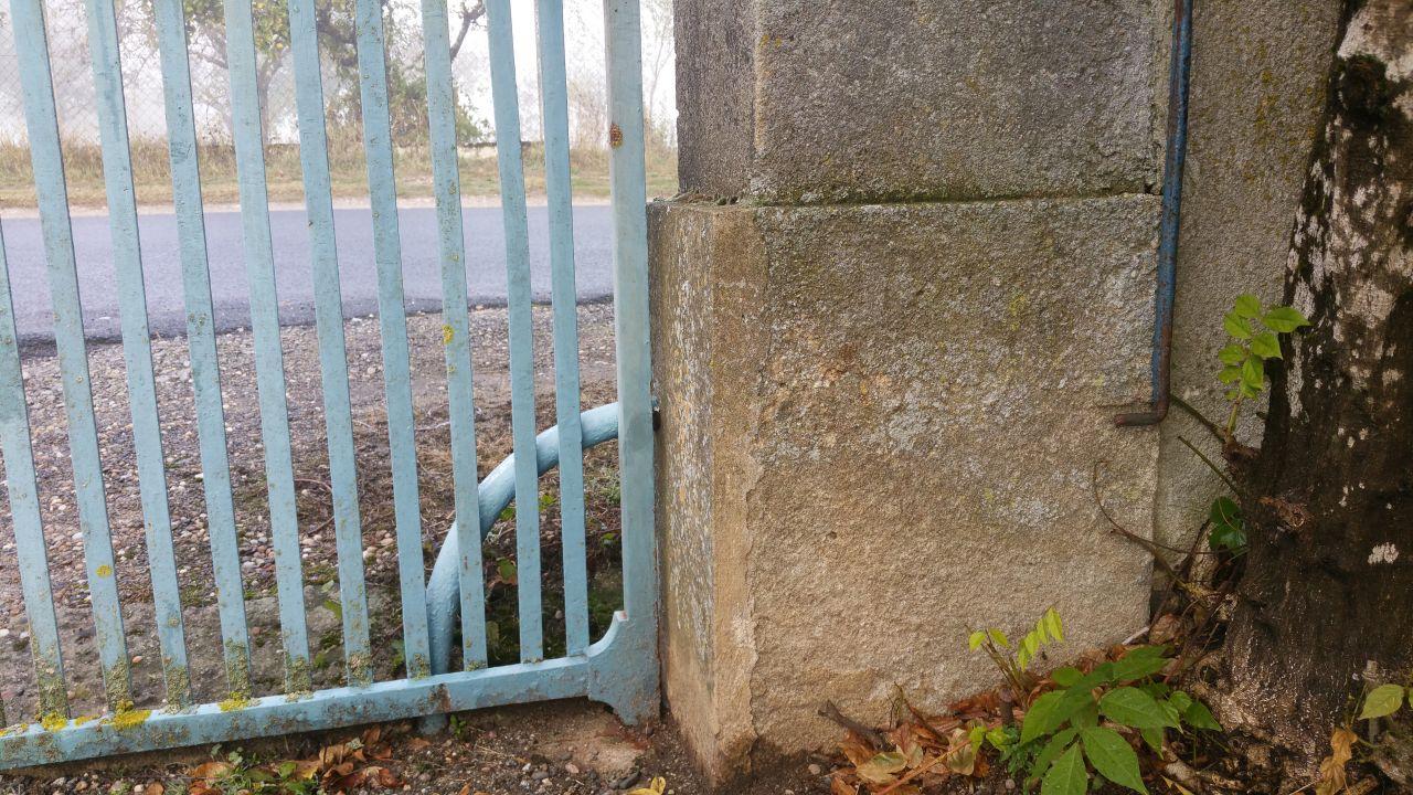 Nettoyer un portail en fer forg avant de le repeindre 45 messages - Repeindre un portail en fer ...