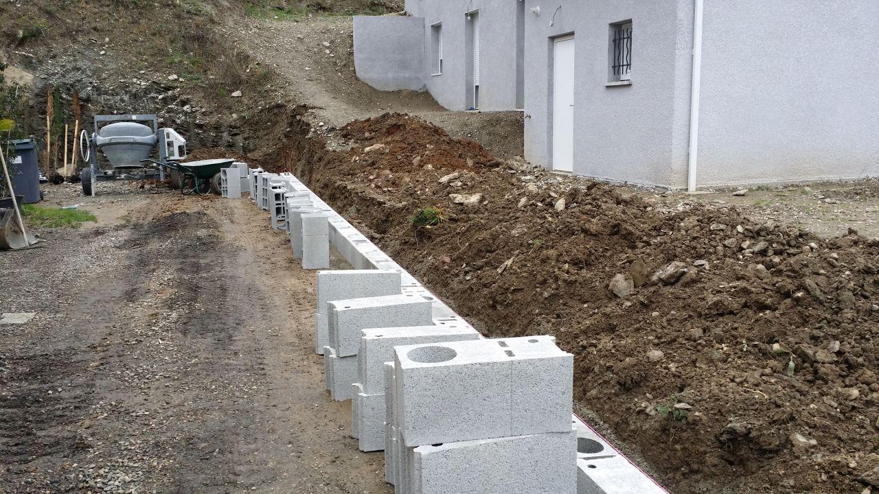 construire seul un mur en b ton banch 17 messages. Black Bedroom Furniture Sets. Home Design Ideas