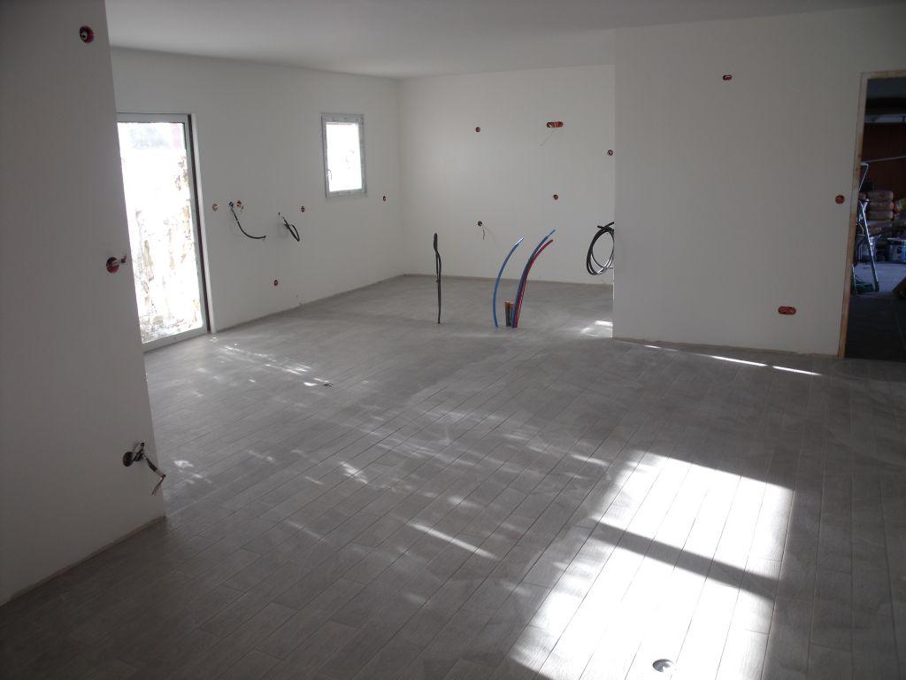 Pose carrelage pose du parquet dans les chambres for Carrelage ou parquet dans les chambres