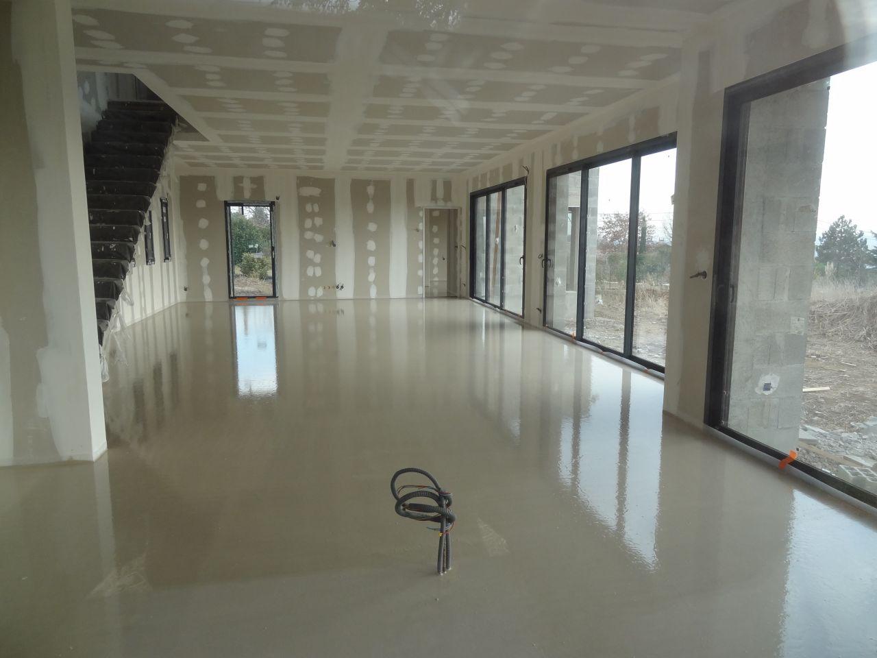 meubles de salle de bains choix du carrelage plancher chauffant et chape liquide rhone. Black Bedroom Furniture Sets. Home Design Ideas