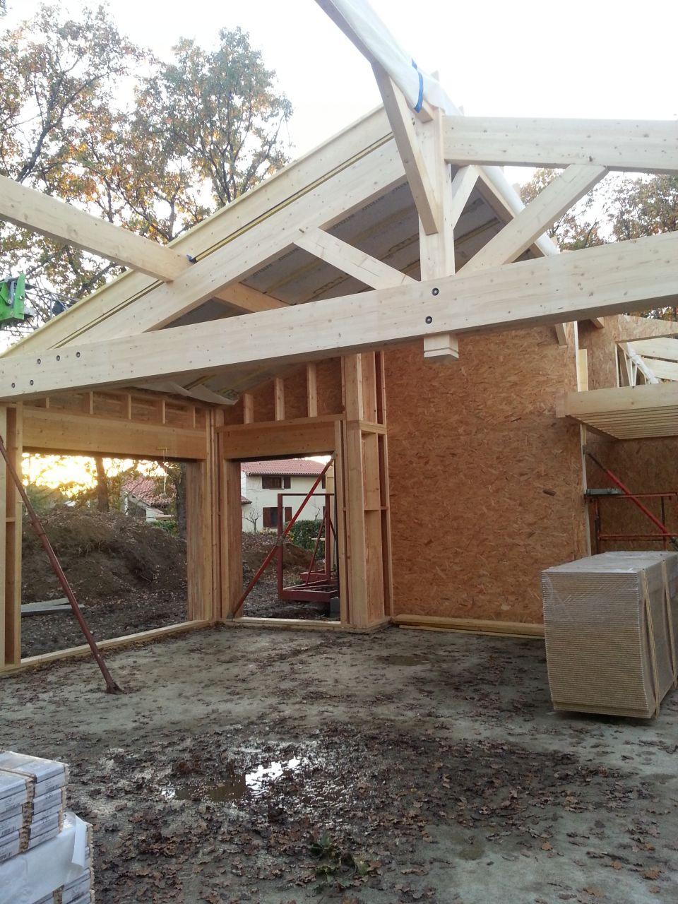 Le lendemain la toit apparait.