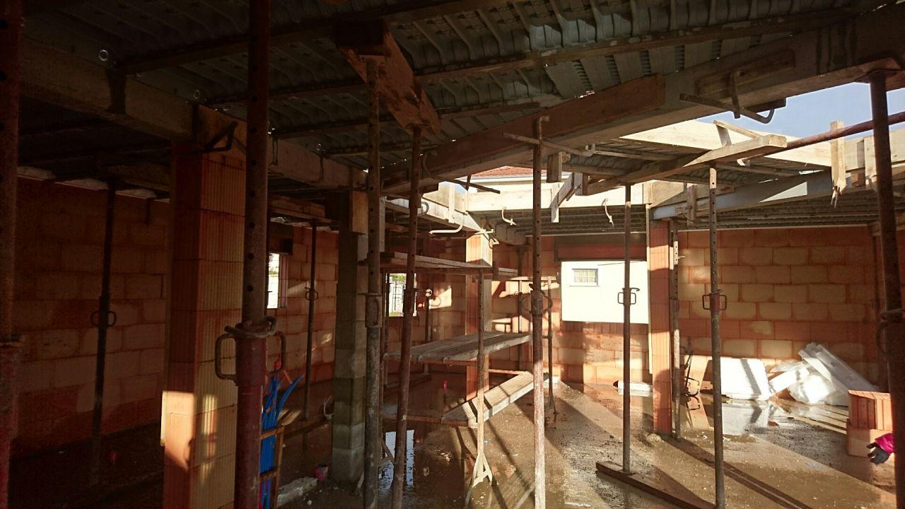 Passerelle + fin de préparation de la dalle pour l'étage