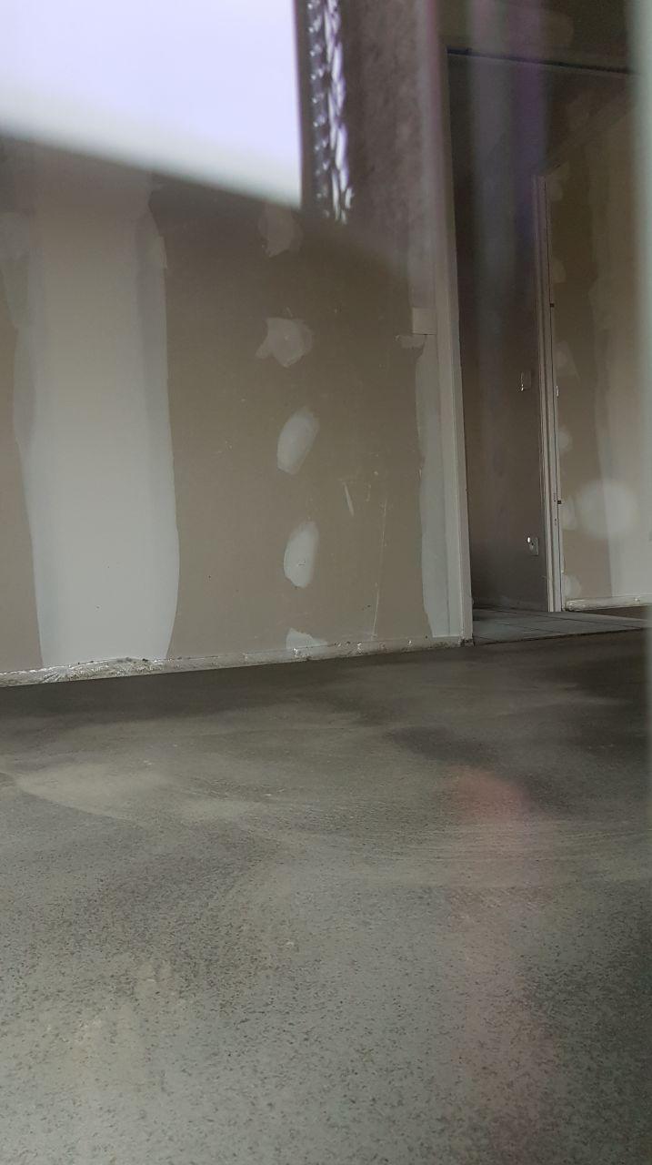 chauffage au sol isolation combles chape carrelage cr pis vienne. Black Bedroom Furniture Sets. Home Design Ideas