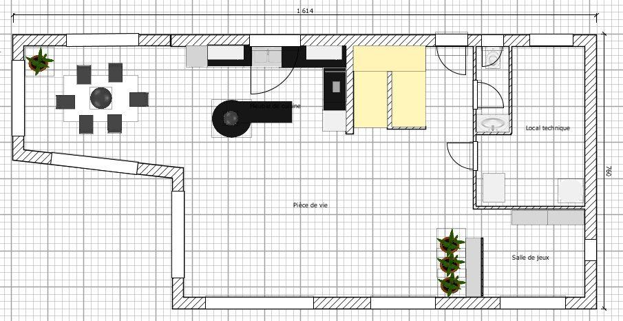 Plan du RDC (refait à peu près avec le logiciel gratuit Sweet Home 3D)  <br /> - Une grande pièce de vie de 60m²: cuisine, salon, salle à manger  <br /> - Hall de 5m² <br /> - Salle de jeux (ouverte du salon) de 7,5m² <br /> - Un local technique de 11m² <br /> - Un WC 2m²