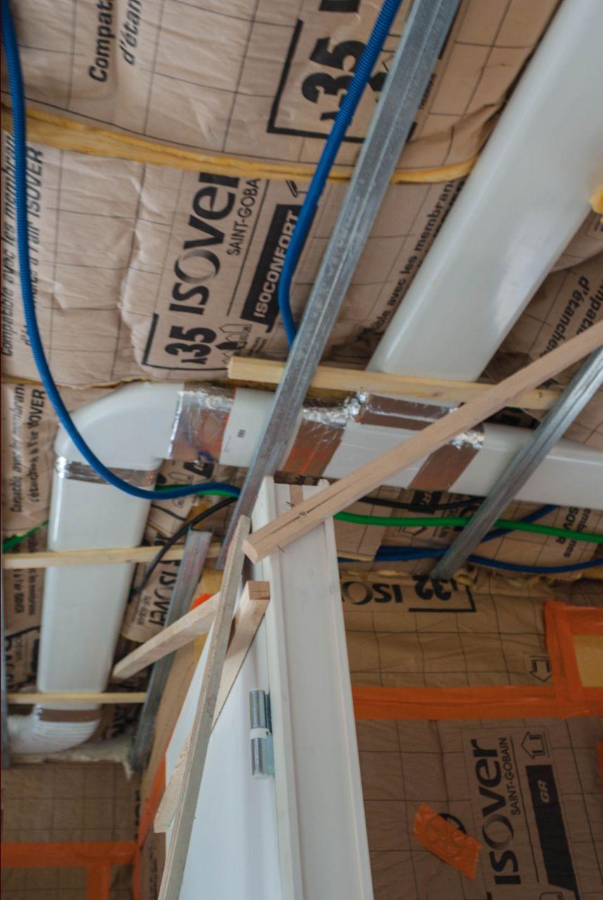 Electricit passage tuyauteries vmc vmc double flux loire atlantique - Gaine plate vmc ...