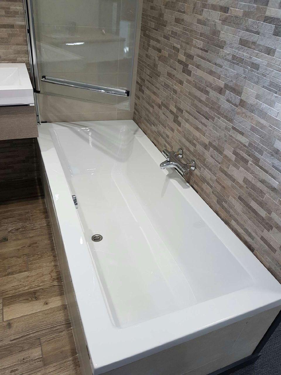 LMCS - Baignoire salle de bain