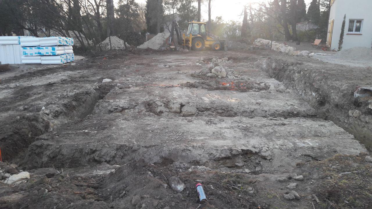 Les tranchées creusées. La suite et fin lundi normalement...