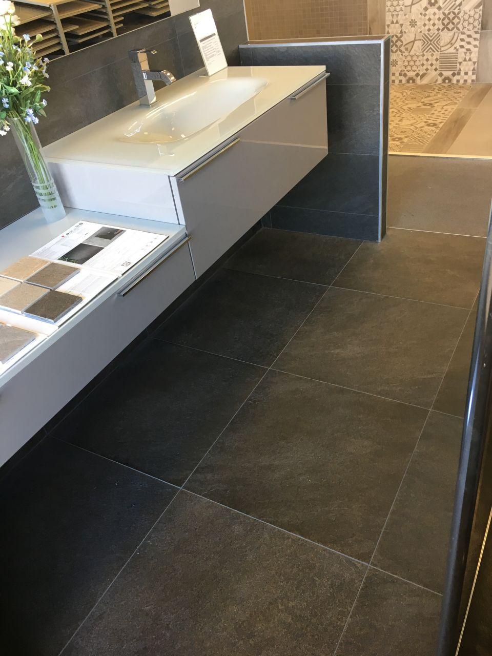 salle de bain 7m2 enchanteur plan salle de bain m avec plan salle de bain conkirafes und avec. Black Bedroom Furniture Sets. Home Design Ideas