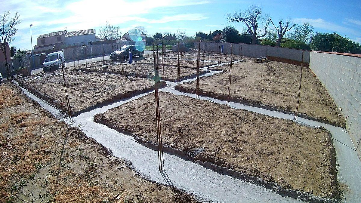 Fondations coulées (abris de jardin)