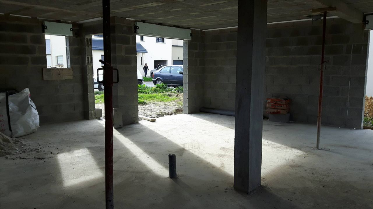 Fenêtre et porte d'entrée - Baie du salon