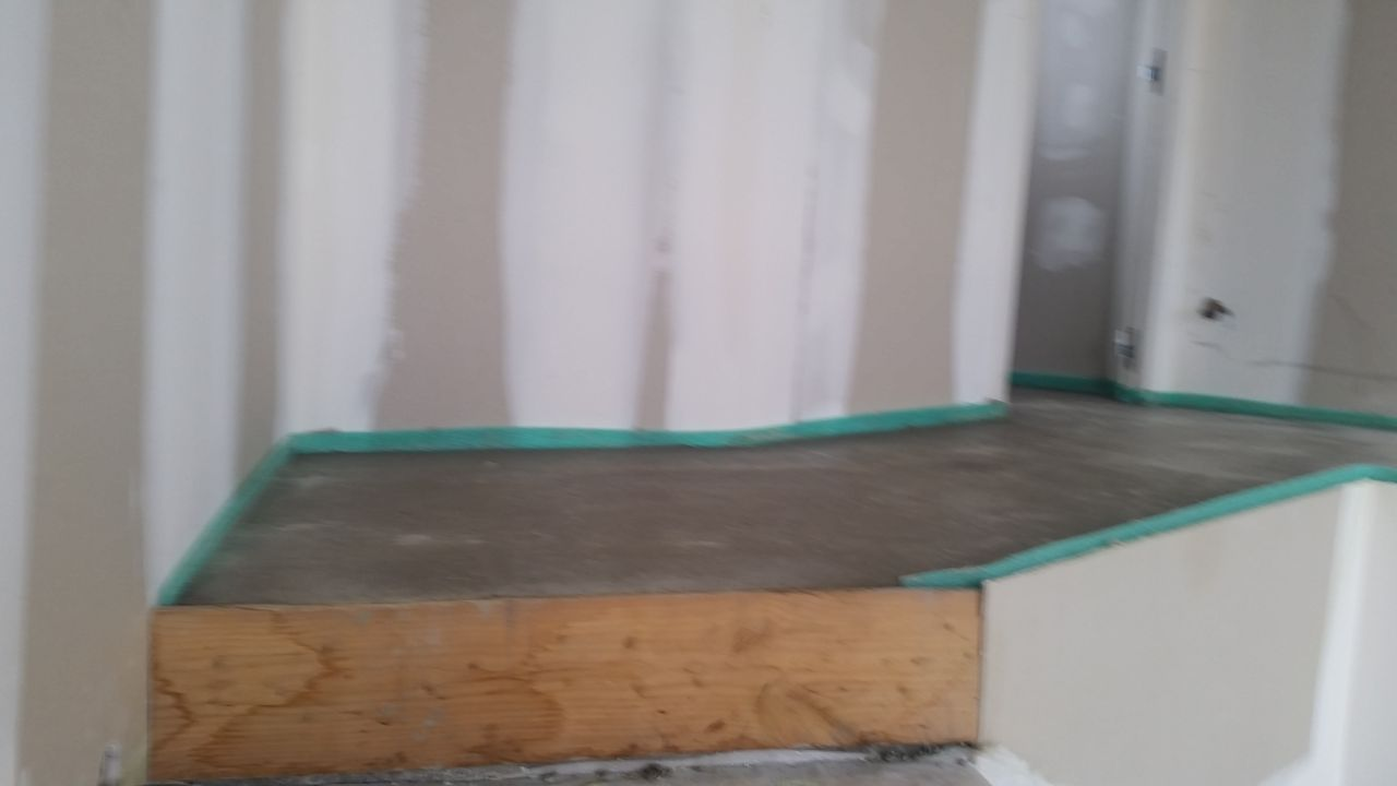 Isolation avant plancher chauffant plancher chauffant piscine haute garonne - Mise en chauffe plancher chauffant avant carrelage ...
