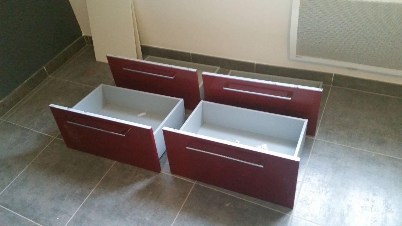 enduit fa ade termin pose des meubles salle de bain et sanitaire pose du chauffe eau et. Black Bedroom Furniture Sets. Home Design Ideas