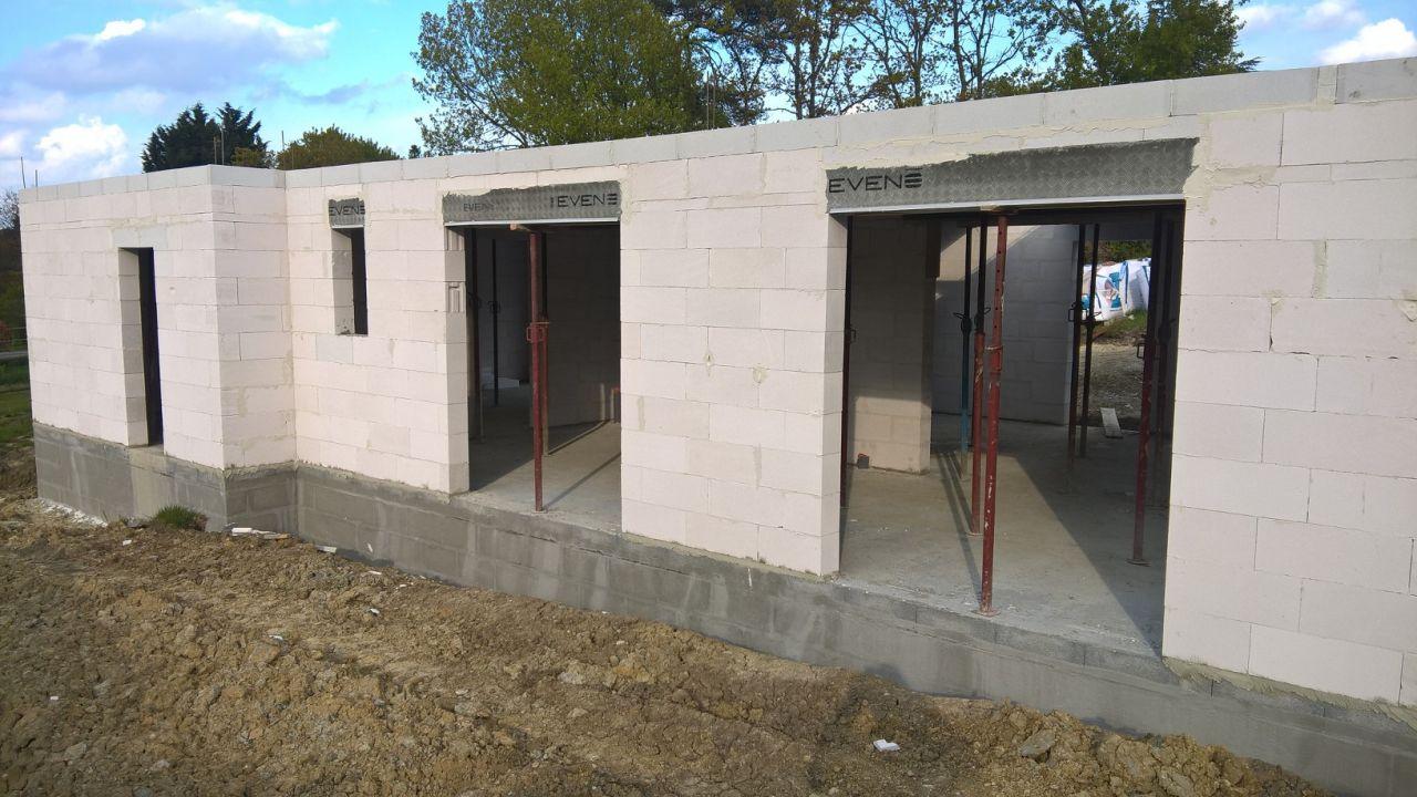 finalisation de l'élévation des murs du rdc