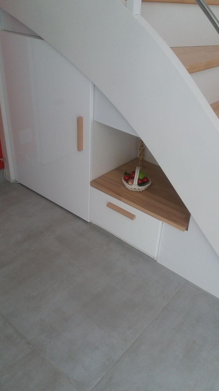 Terminé le dessous d escalier