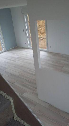 Photo pose du carrelage en cours carrelage fa ence - Cours de carrelage ...